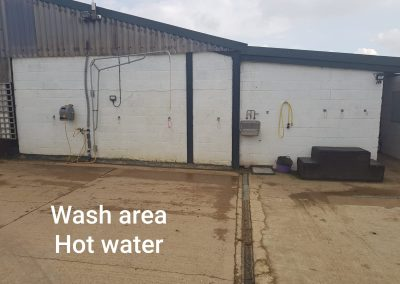 wash area with hot water